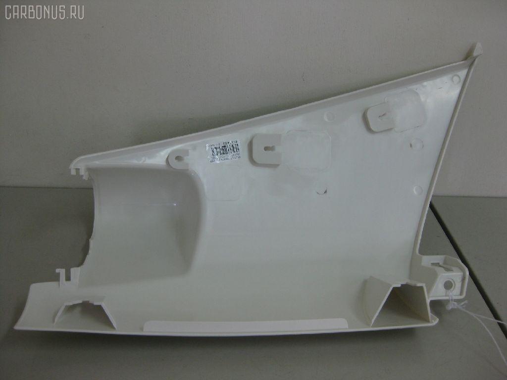 Панель угловая (щека) ISUZU ELF NKR81. Фото 8
