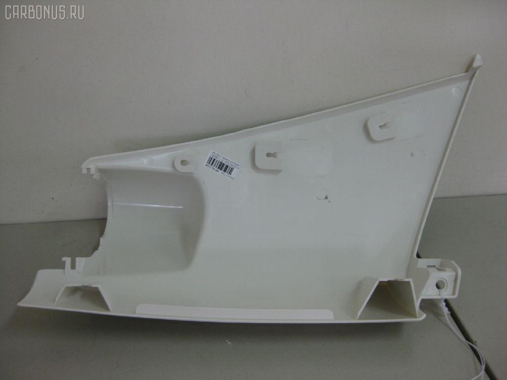 Панель угловая (щека) ISUZU ELF NKR81. Фото 10