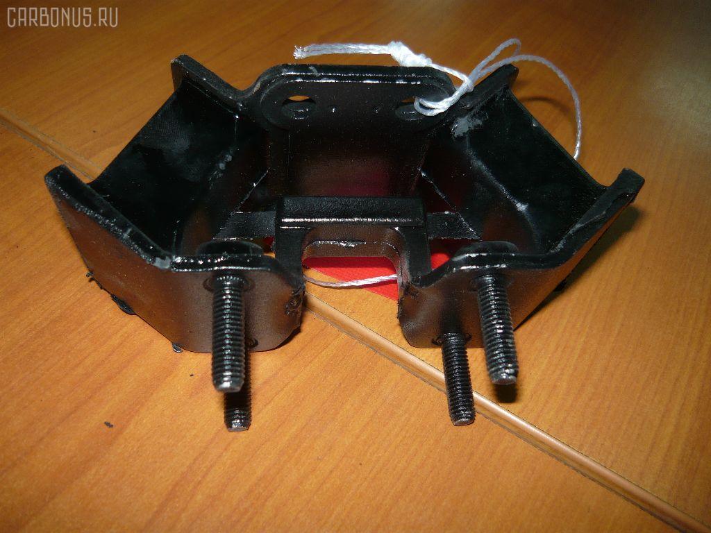 Подушка КПП TOYOTA CHASER JZX100 1JZGE Фото 1