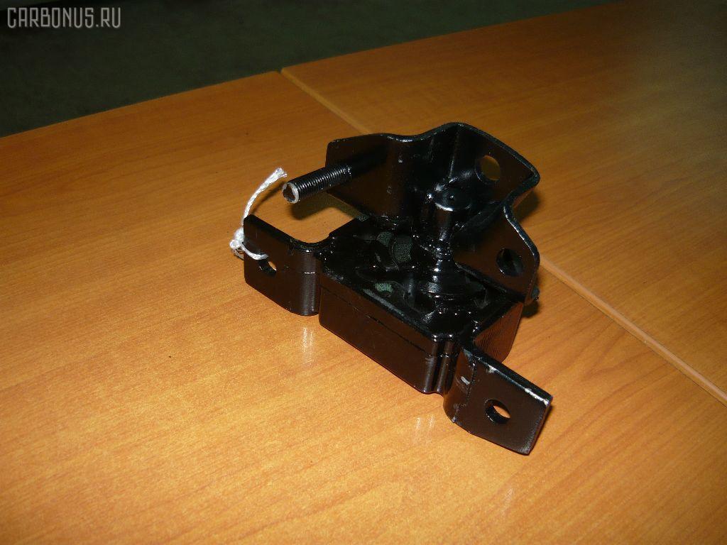 Подушка двигателя NISSAN BLUEBIRD SYLPHY FG10 QG15DE Фото 1