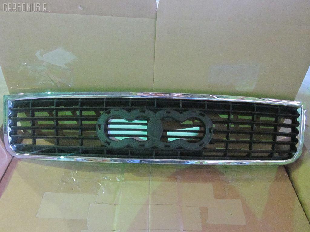 Решетка радиатора AUDI A4 8E2 Фото 1