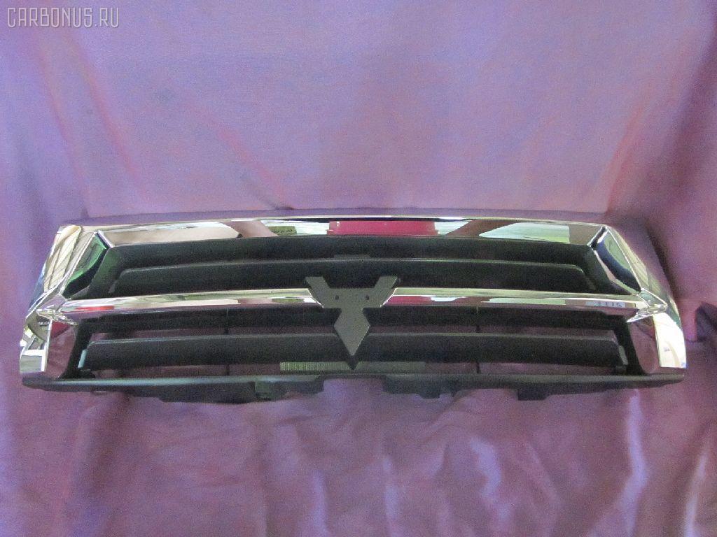 Решетка радиатора MITSUBISHI PAJERO V75W. Фото 3