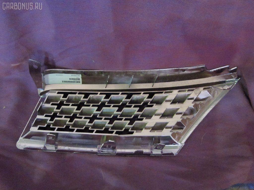 Решетка радиатора NISSAN TIIDA C11. Фото 2
