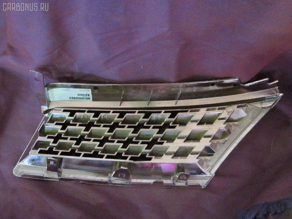 Решетка радиатора NISSAN TIIDA C11. Фото 6