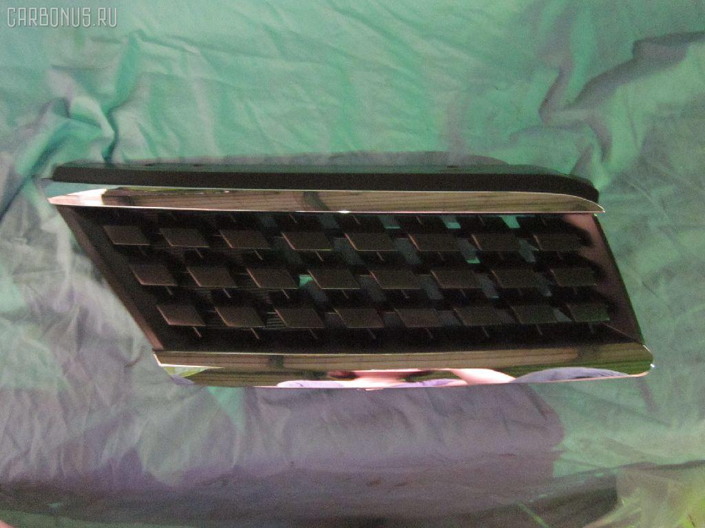 Решетка радиатора NISSAN TIIDA C11 Фото 1