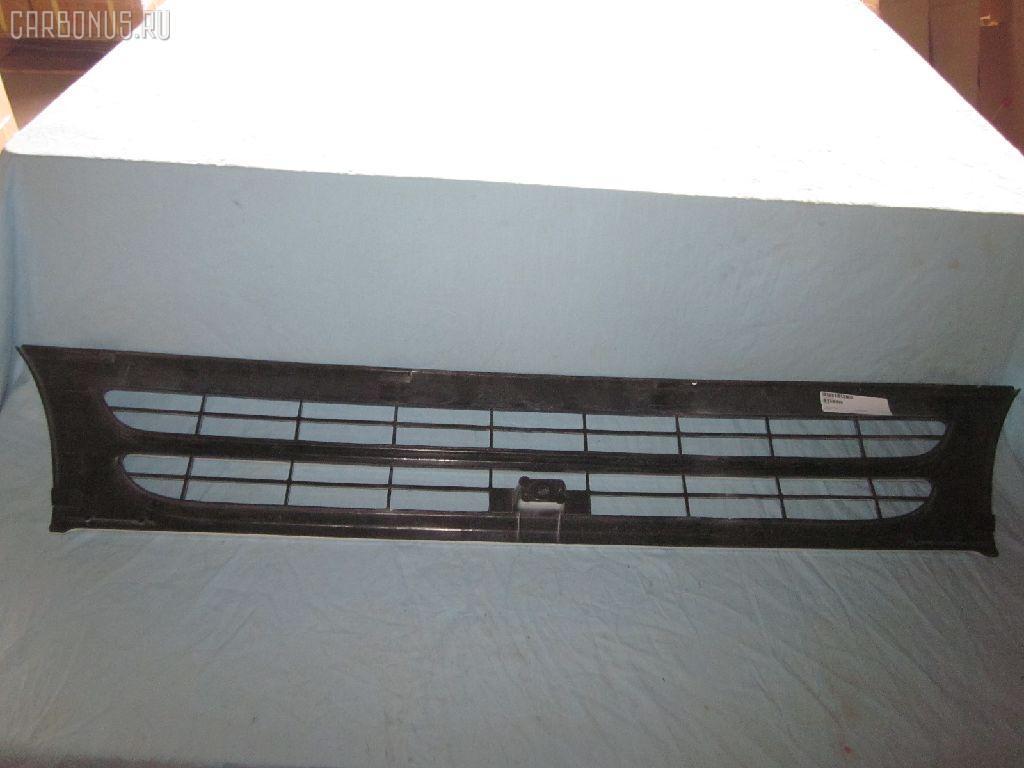 Решетка радиатора Isuzu Elf NPR71 Фото 1