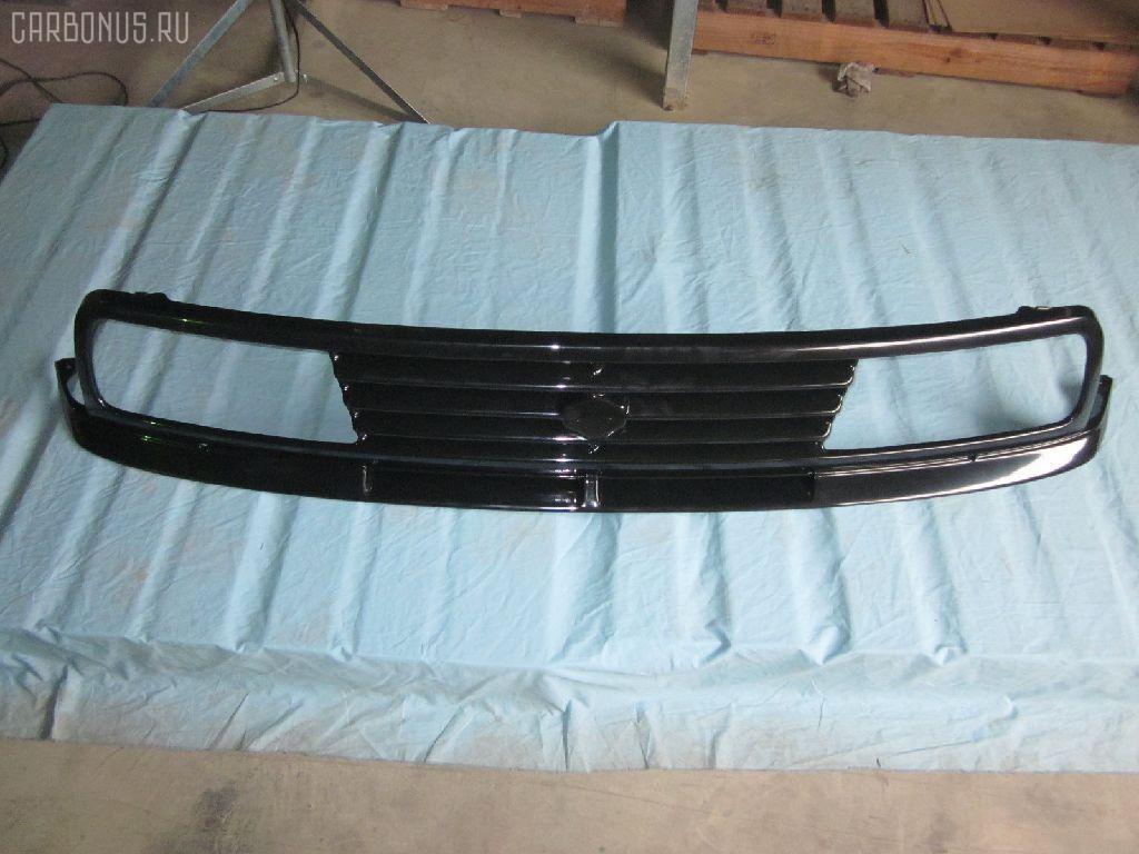 Решетка радиатора Suzuki Escudo TA01W Фото 1