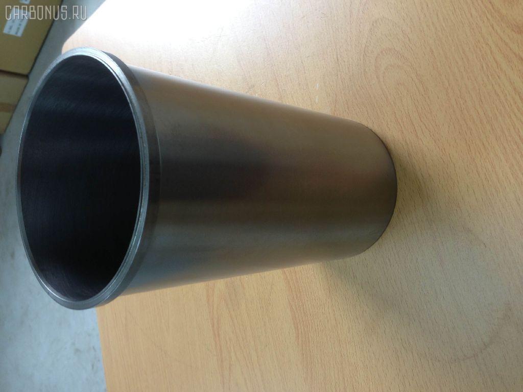 Гильза блока цилиндров HITACHI EX350 6SD1T Фото 3