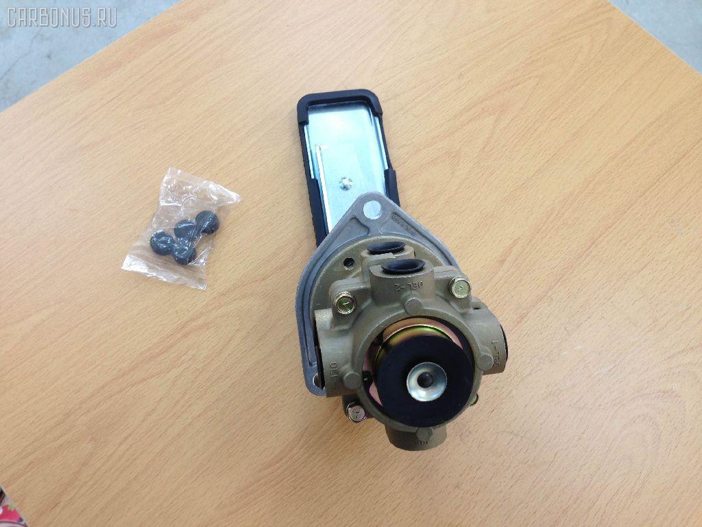 Клапан тормозной NISSAN DIESEL UD CK. Фото 2