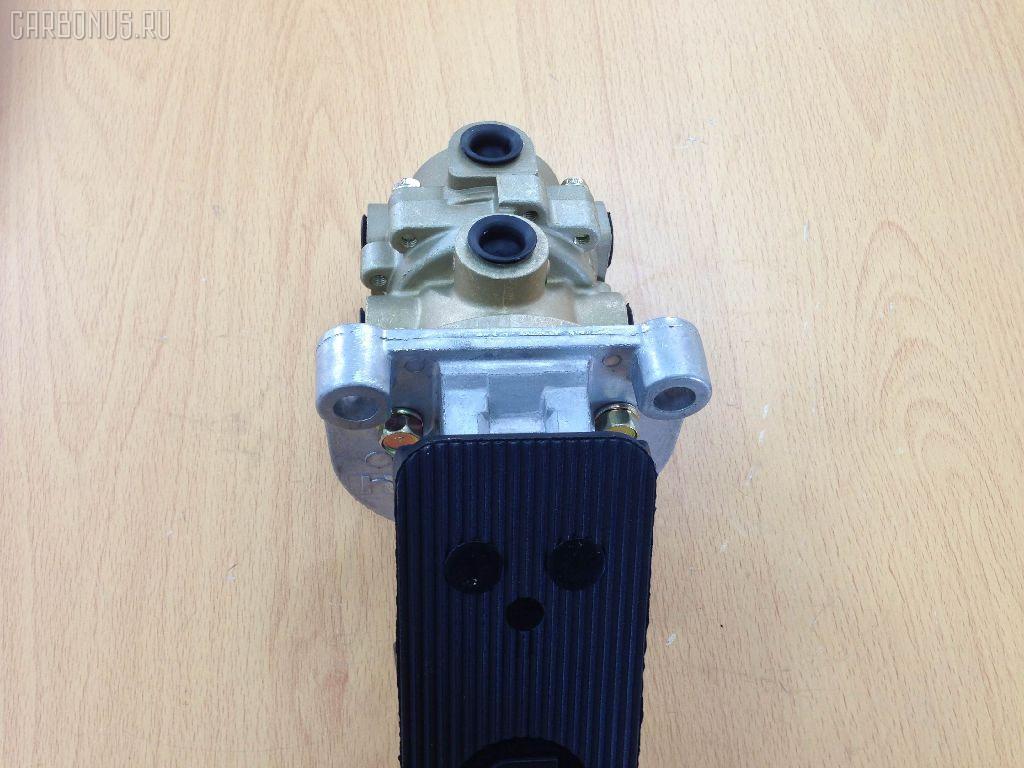 Клапан тормозной NISSAN DIESEL UD CK. Фото 4