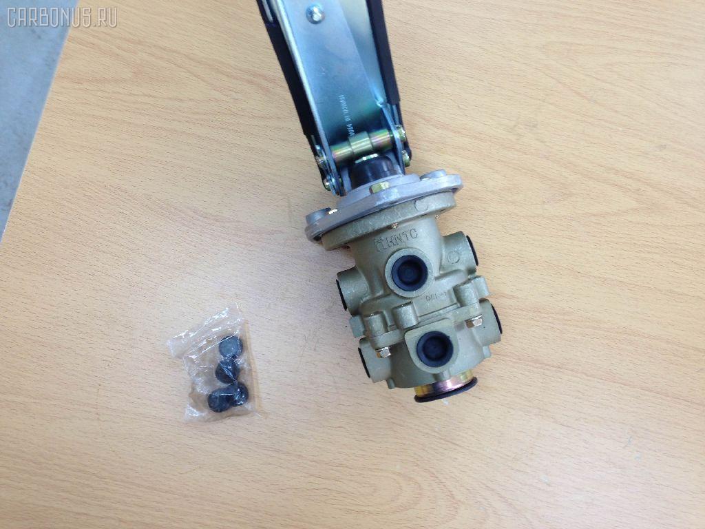 Клапан тормозной ISUZU GIGA CXZ. Фото 4