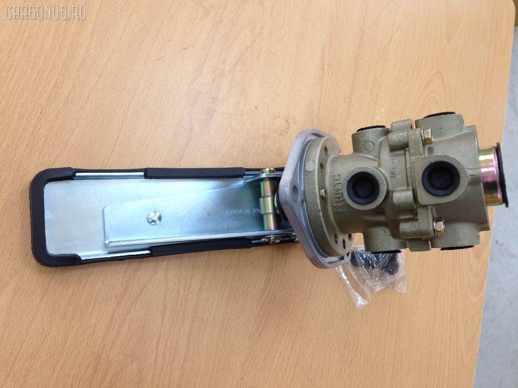 Клапан тормозной ISUZU GIGA CXZ Фото 2