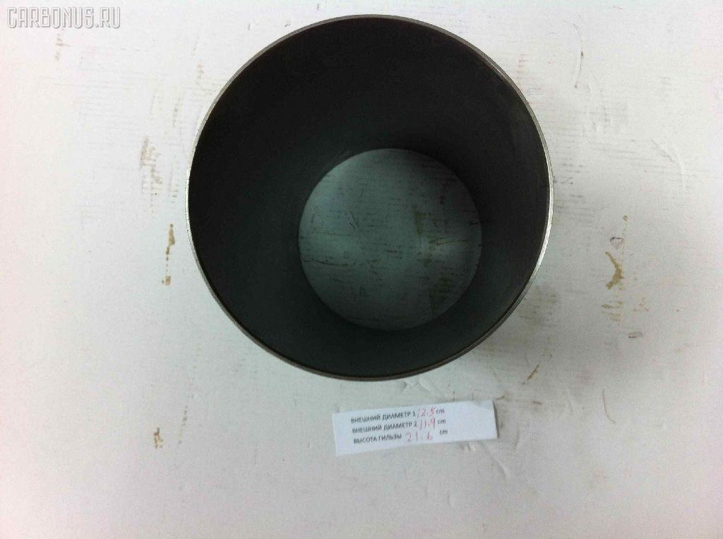 Гильза блока цилиндров ISUZU FORWARD 6SA1 Фото 2