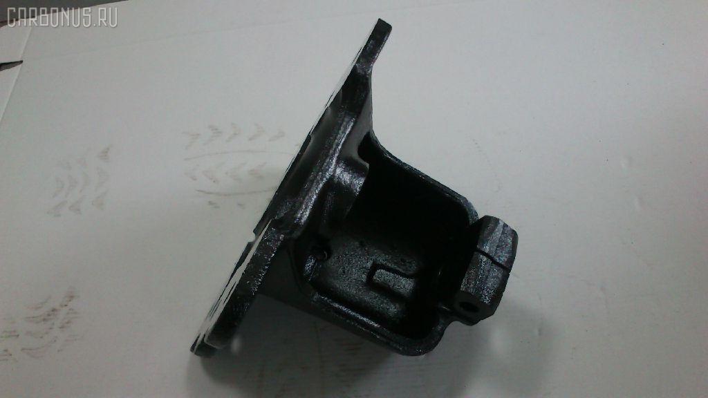 Крепление рессоры HINO TRUCK MFD Фото 3