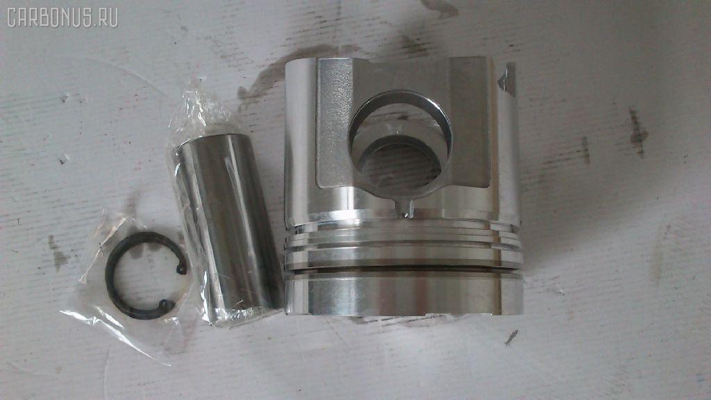 Поршень KOMATSU LW250-5 L001-20001 S6D125T Фото 5