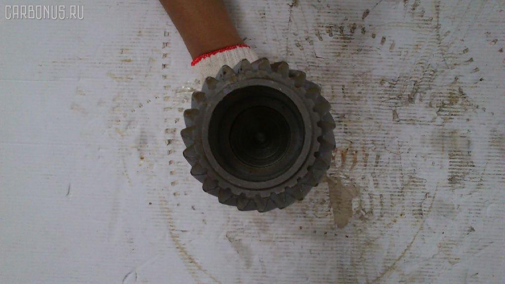 Первичный вал КПП HINO TRACTOR EH700 Фото 10
