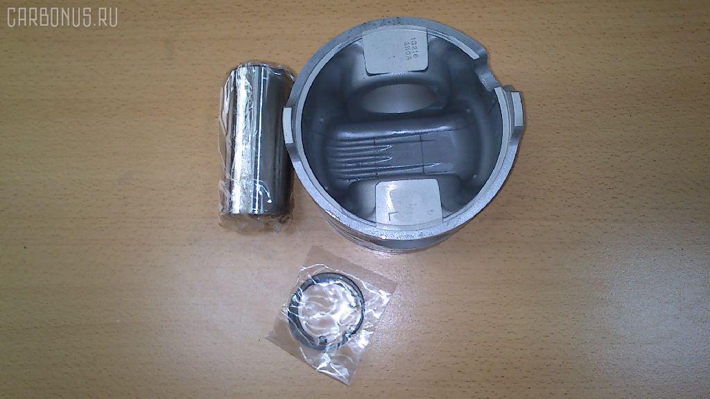 Поршень HINO SELEGA F17E Фото 1