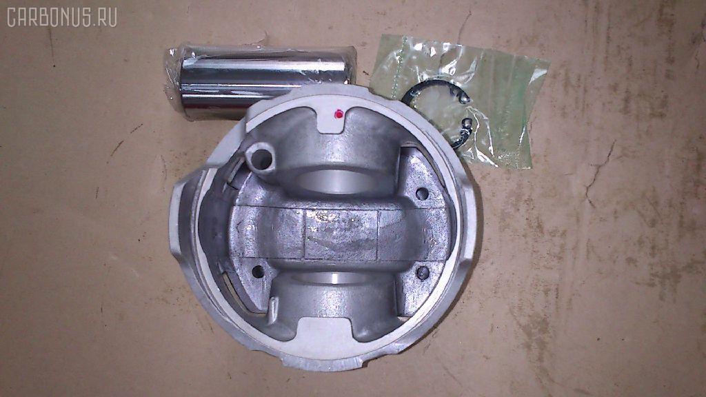 Поршень Mazda Titan TM Фото 1