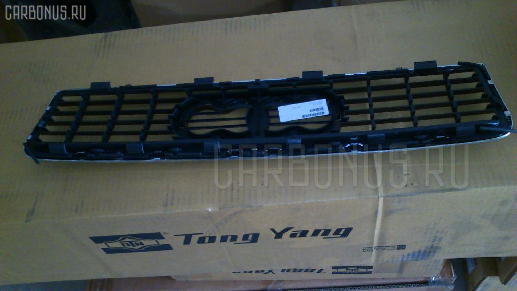 Решетка радиатора AUDI A4 8E2 Фото 2