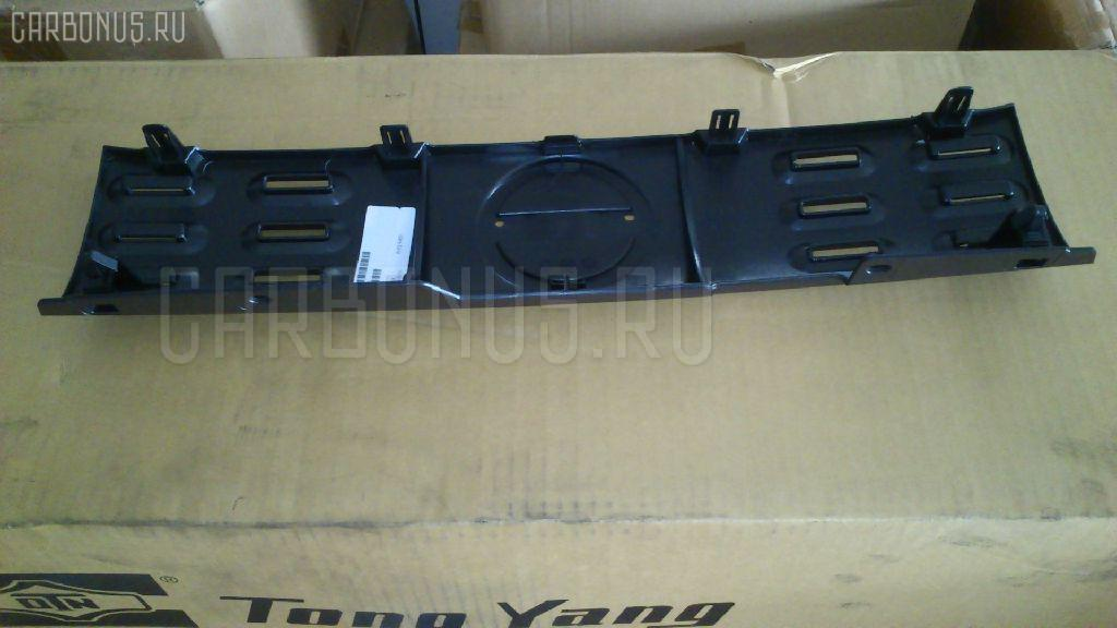Решетка радиатора TYG DS07301GA на Nissan Cube Z12 Фото 1