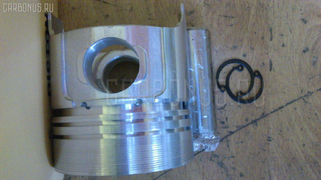 Поршень KOMATSU PC15-1 3D78 Фото 4