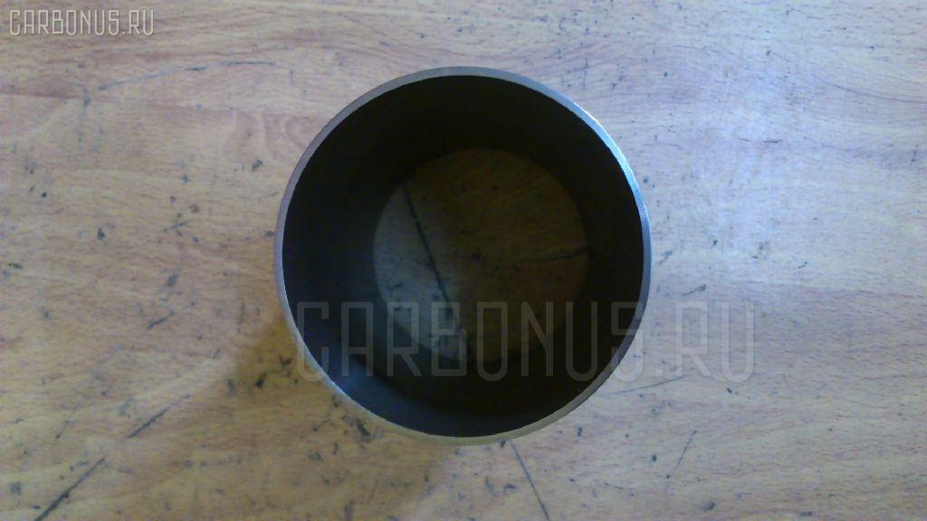 Гильза блока цилиндров KUBOTA V1702 V1702 Фото 2