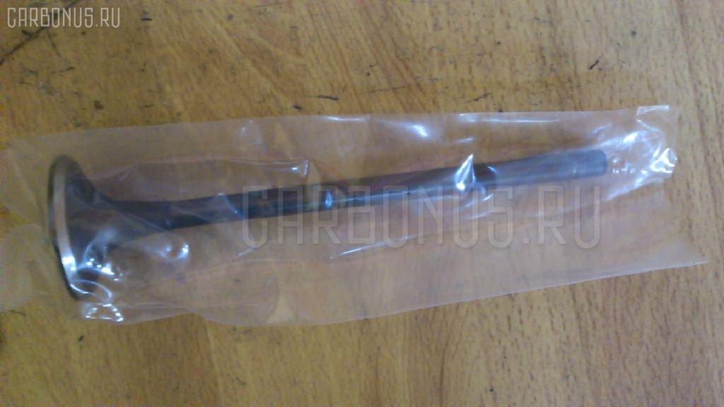 Клапан выпускной KOMATSU D65E 6D125 Фото 1