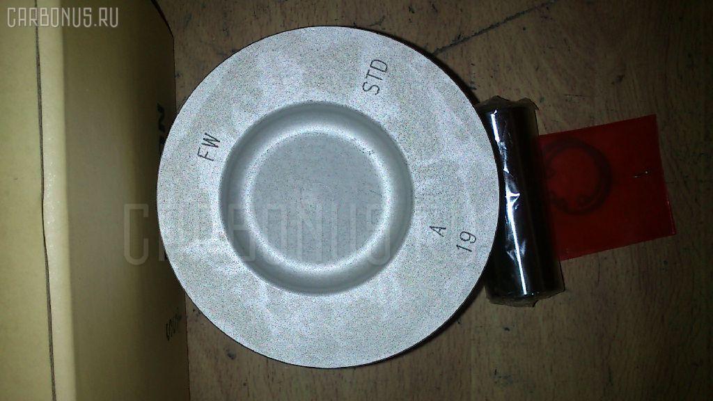 Поршень KUBOTA V2203-DI V2203-DI Фото 3