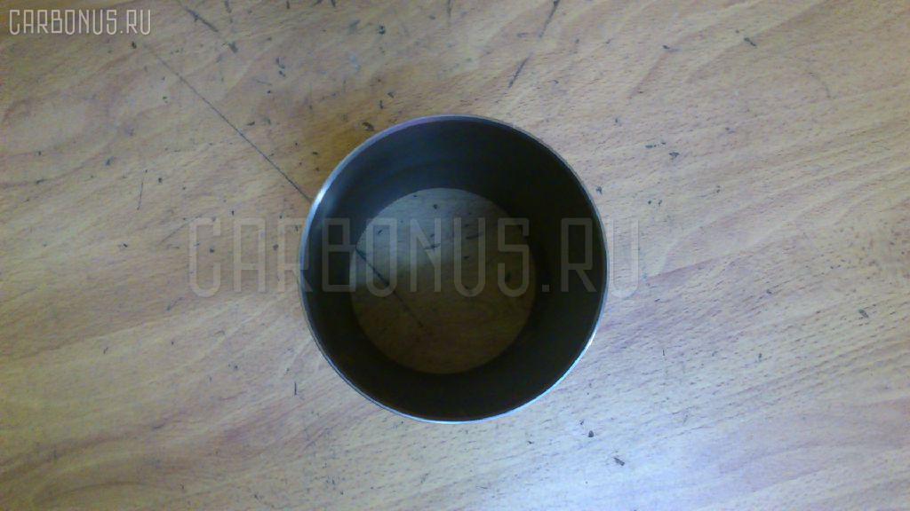 Гильза блока цилиндров KUBOTA V3300 V3300 Фото 1