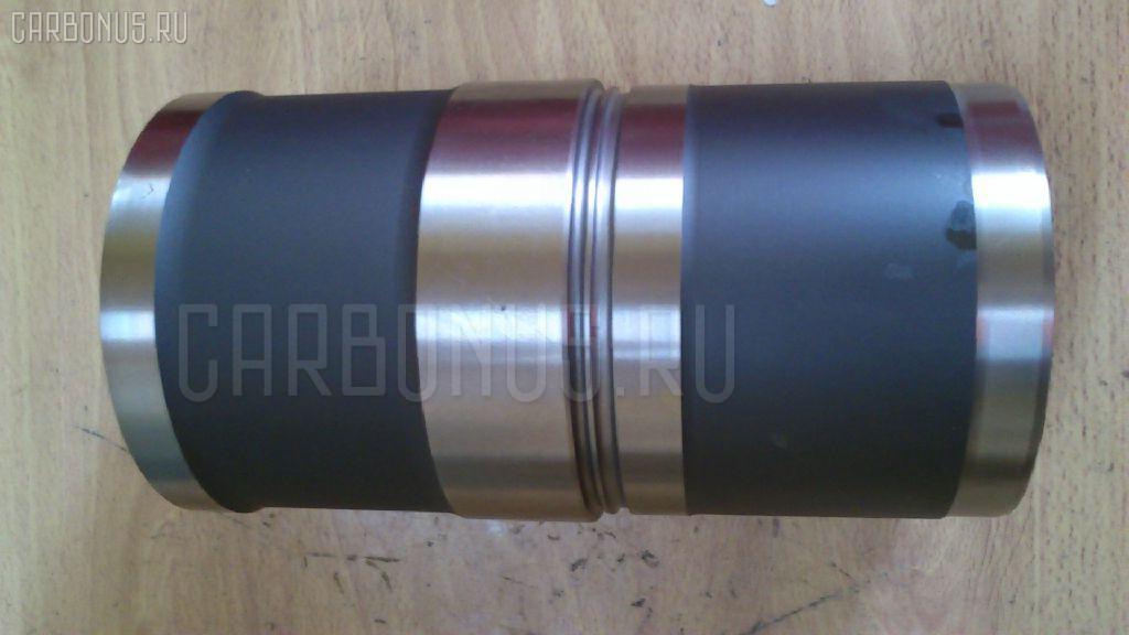 Гильза блока цилиндров KOMATSU PC300-7 SAA6D114 Фото 2
