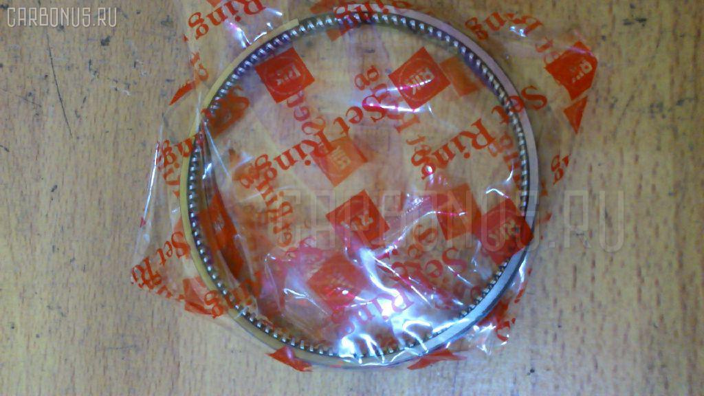 Кольца поршневые KUBOTA V2403 V2403 Фото 1