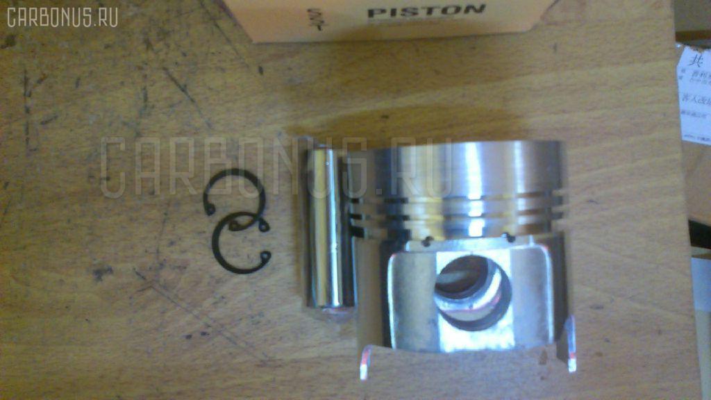 Поршень SST 129002-22081 на Komatsu Pc40-7 4D84 Фото 1