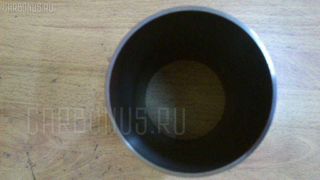 Гильза блока цилиндров ISUZU 3KR1 3KR1 Фото 1