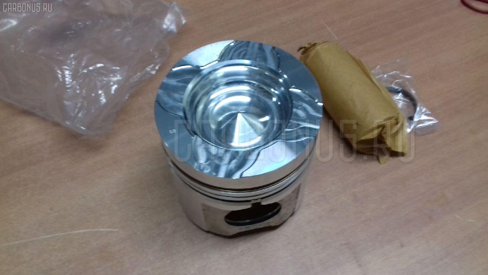 Поршень KOMATSU LW250-5 L001-20001 S6D125T Фото 1