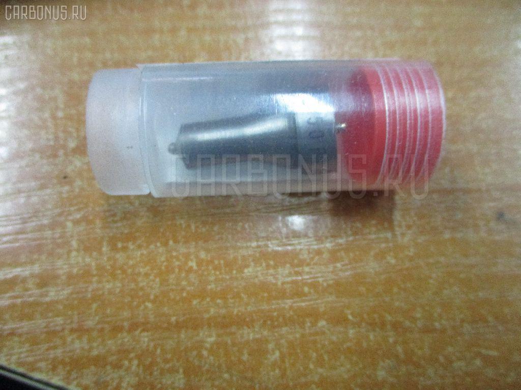 Распылитель форсунки KOMATSU PC38UU-2 3D84 Фото 1