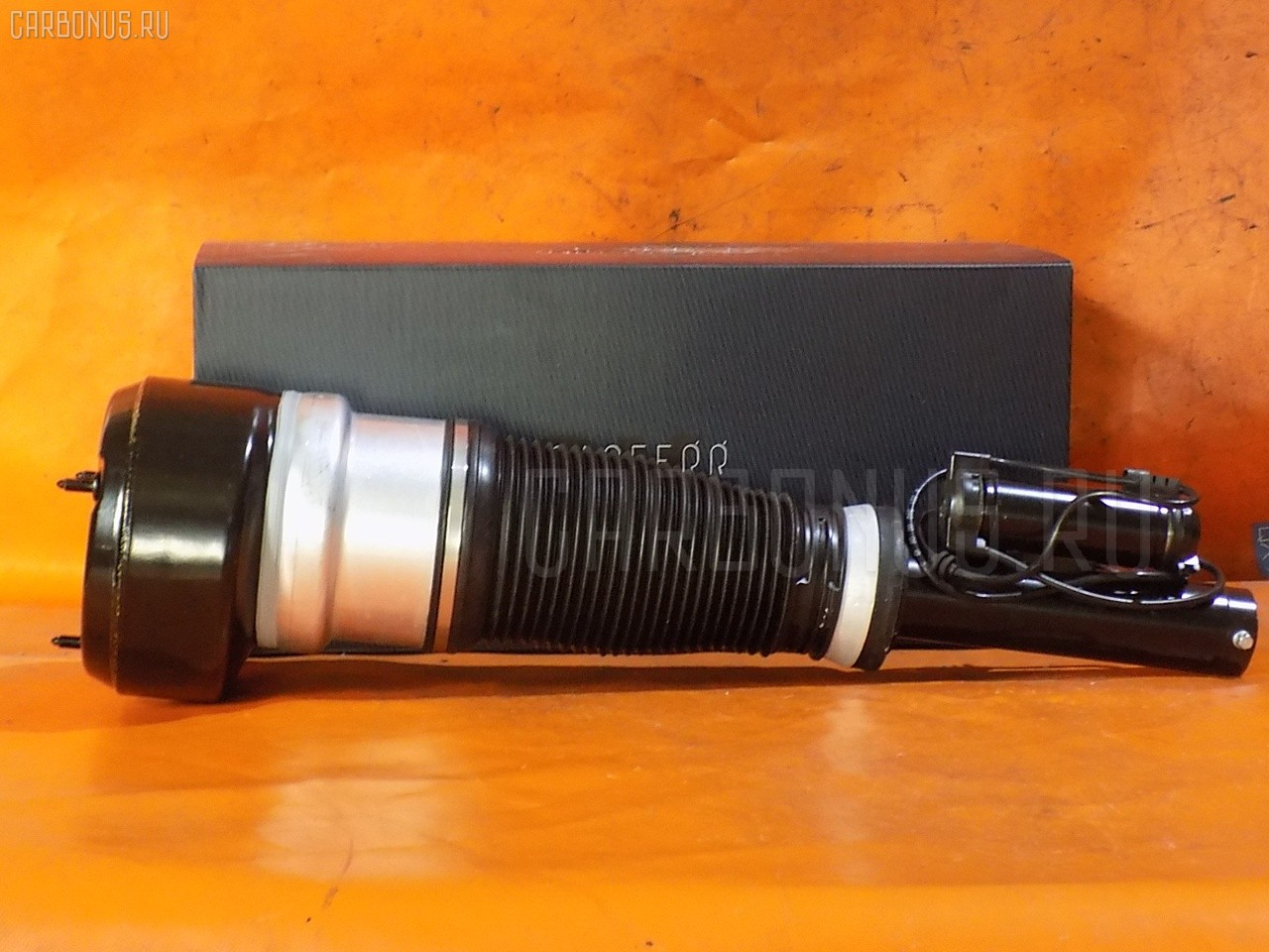 Стойка амортизатора CARFERR CR-049F-W221-AIR на Mercedes-Benz S-Class W221 Фото 1