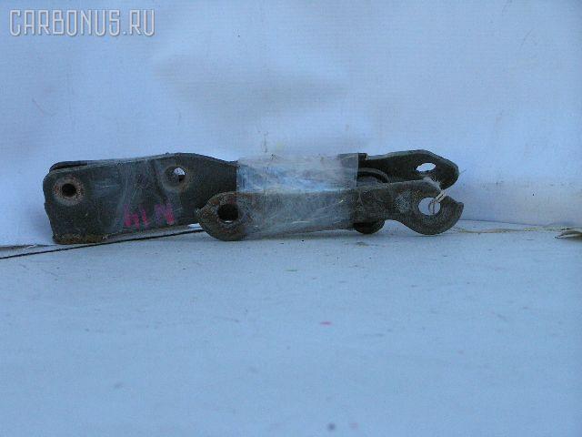 Крепление капота 6540050C10, 6540150C10 на Nissan Pulsar N14 Фото 1