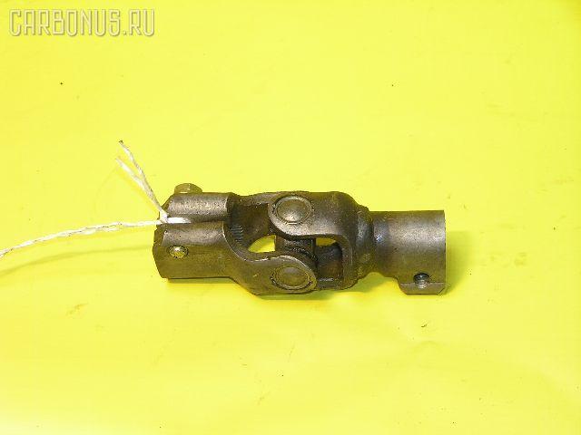 Рулевой карданчик TOYOTA AE111. Фото 3