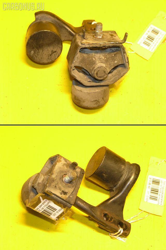 Крепление глушителя TOYOTA SPRINTER CARIB AE115G 7A-FE. Фото 4