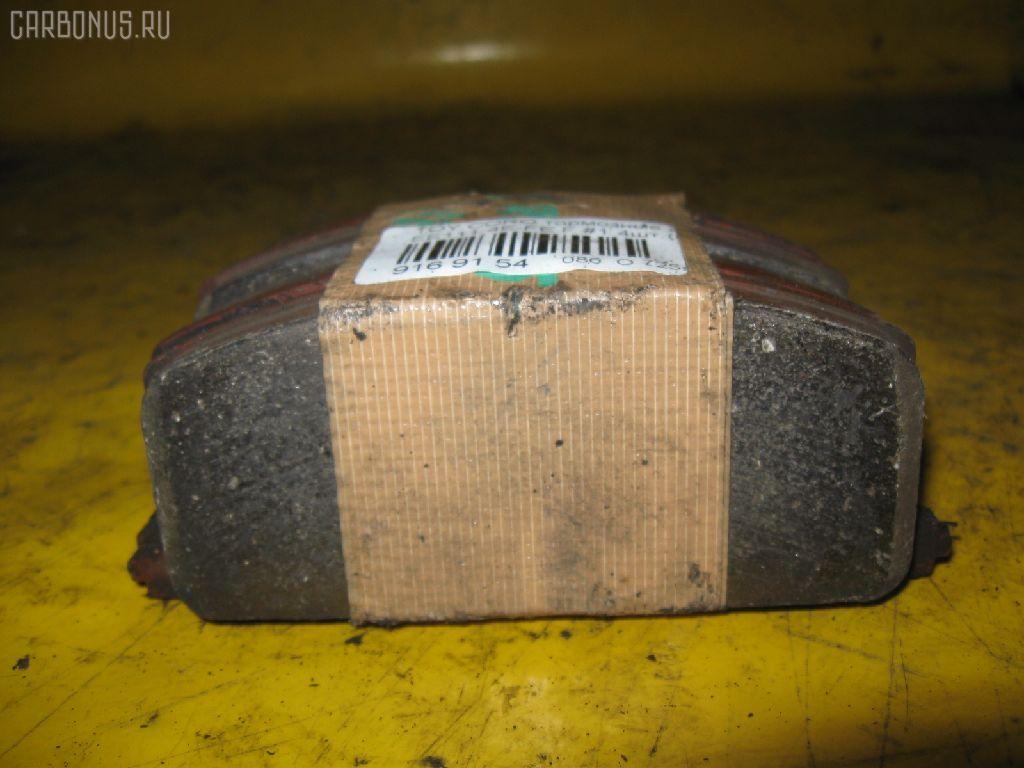 Тормозные колодки TOYOTA COROLLA EE111 4E-FE. Фото 1