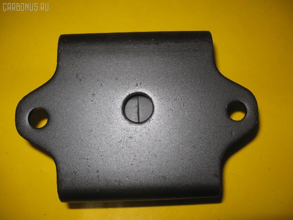 Подушка двигателя Nissan Datsun BD22 TD27 Фото 1