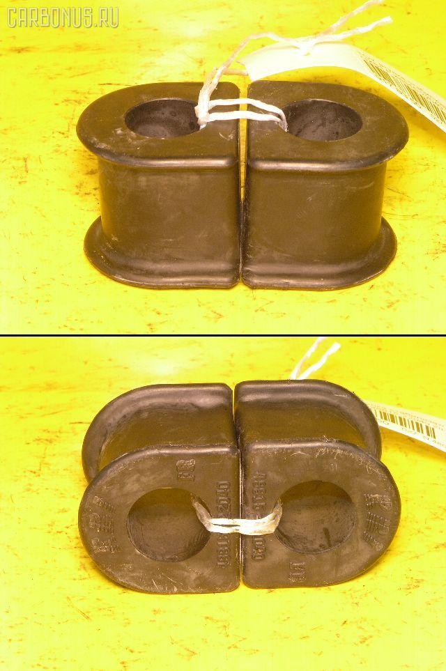Втулка стабилизатора TOYOTA GX81. Фото 5