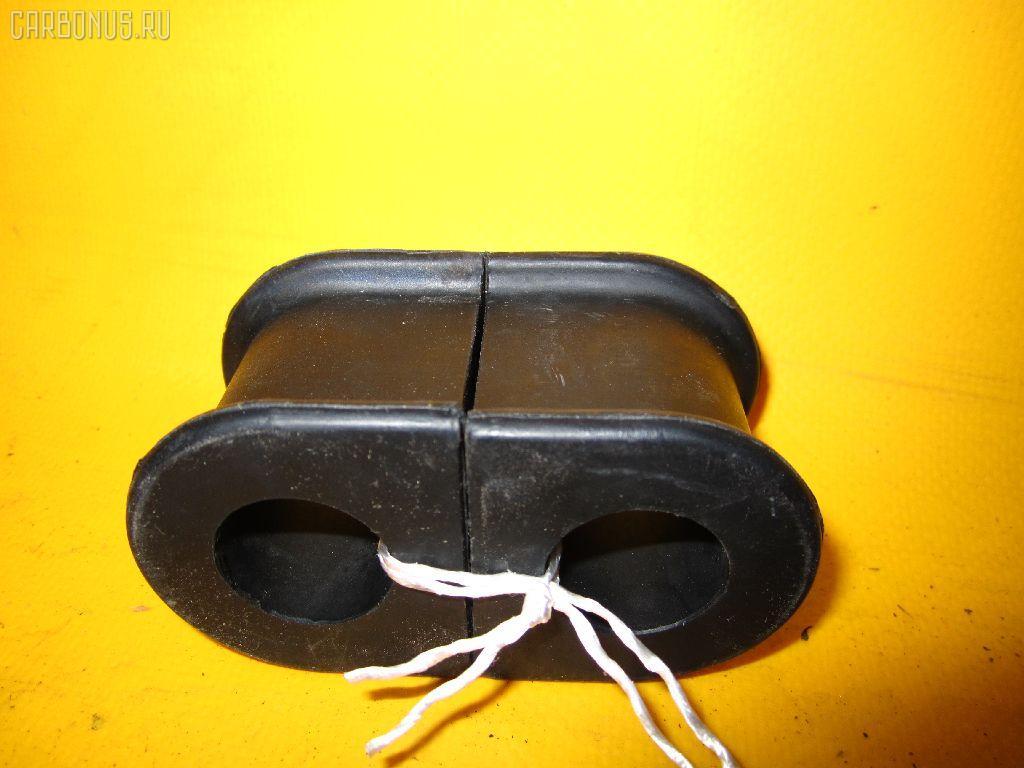 Втулка стабилизатора TOYOTA CAMRY ACV30 Фото 1