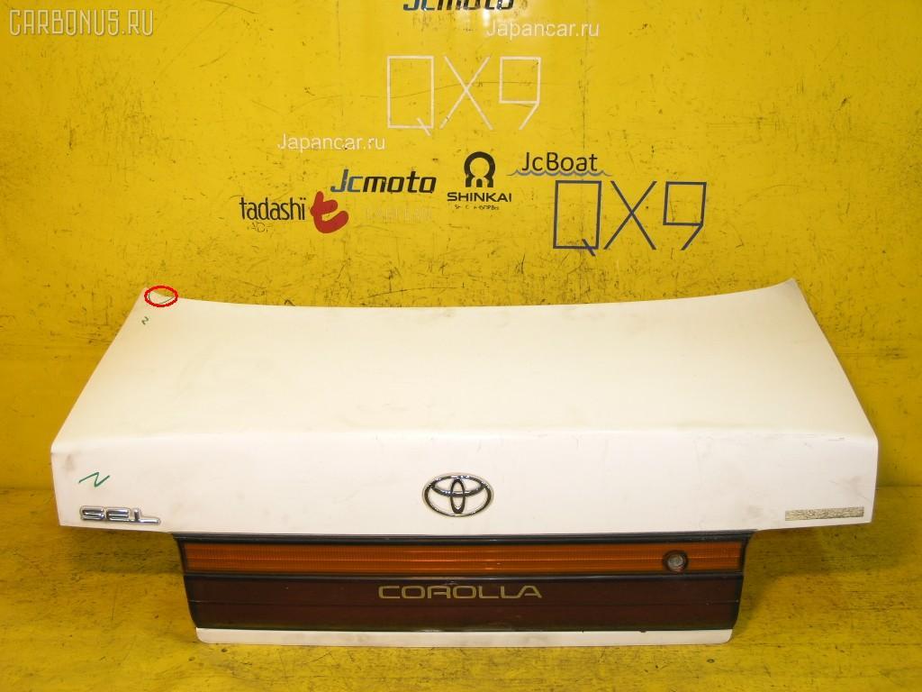 Крышка багажника TOYOTA COROLLA AE100. Фото 1