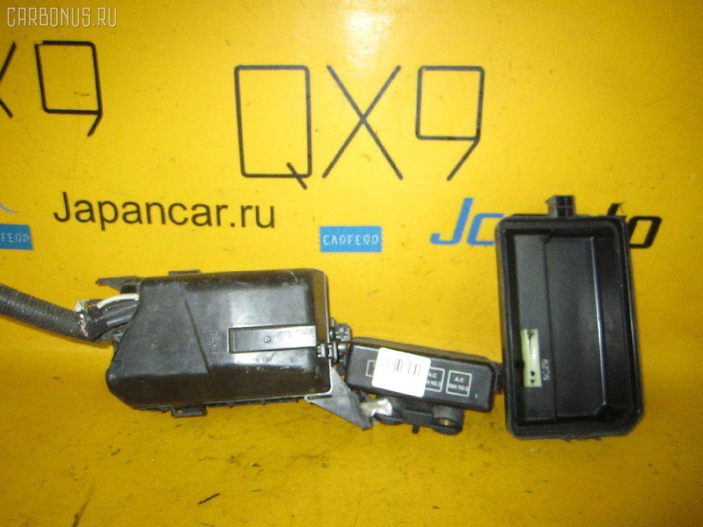 Блок предохранителей TOYOTA SPRINTER MARINO AE101 4A-FE. Фото 2