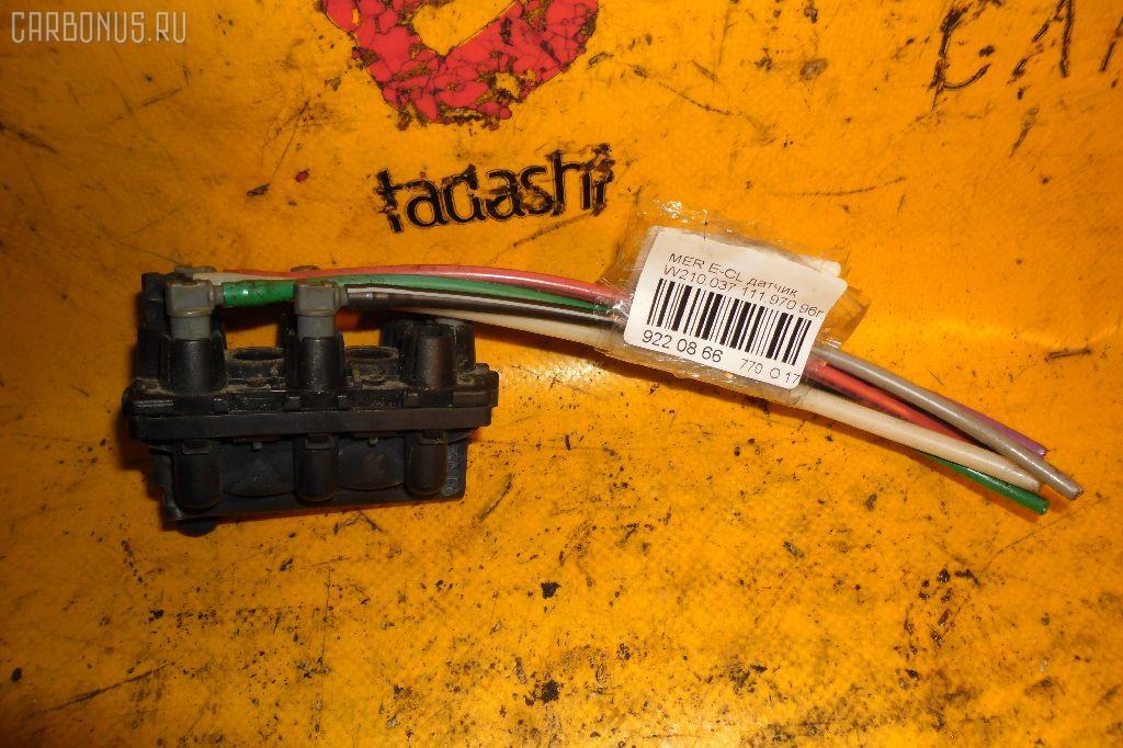 Клапан-вакуумник MERCEDES-BENZ E-CLASS W210.037 111.970 Фото 1