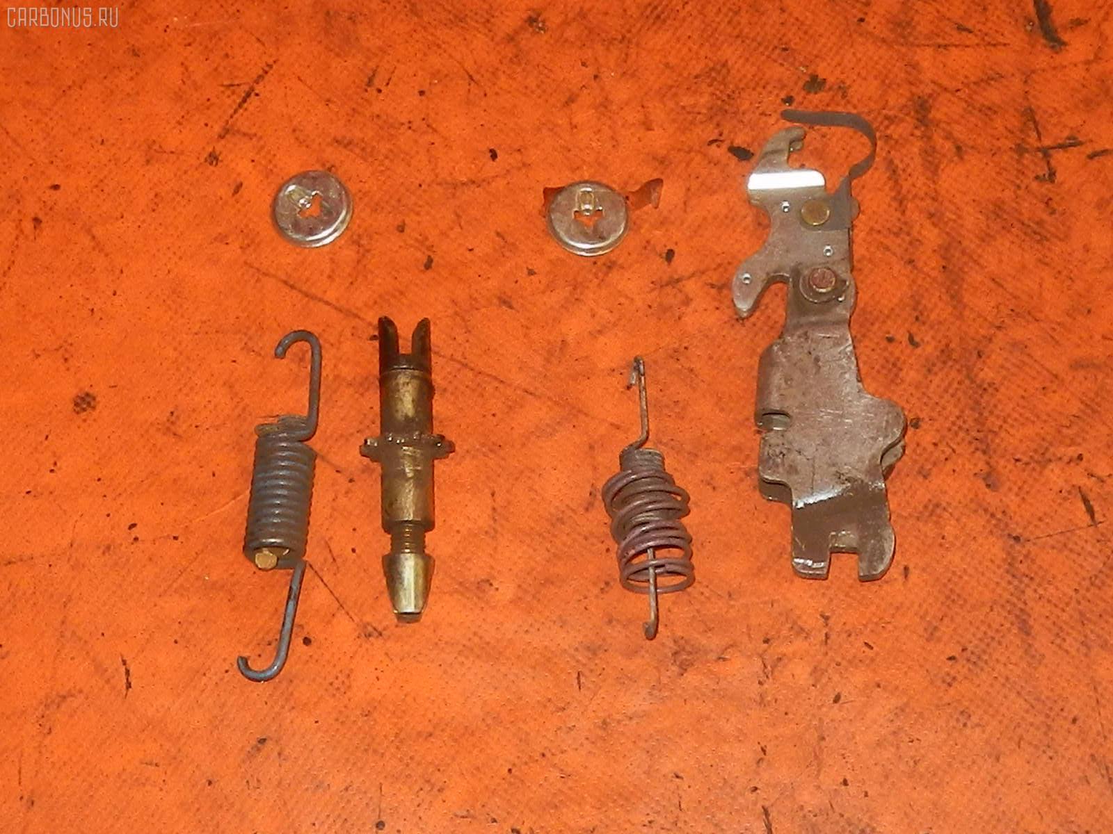 Тормозные колодки TOYOTA CROWN GRS180 4GR-FSE Фото 1