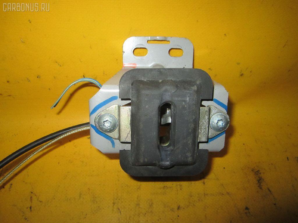 Замок крышки багажника MERCEDES-BENZ SLK-CLASS R170.465 Фото 2