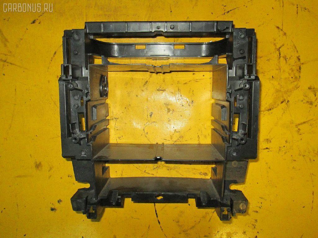 Крепление магнитофона MERCEDES-BENZ C-CLASS  W203.035 Фото 2