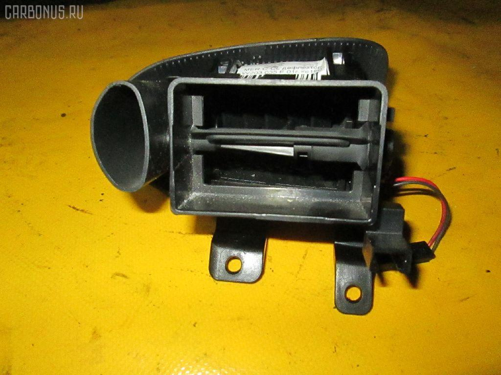 Дефлектор MERCEDES-BENZ C-CLASS  W203.035 Фото 2